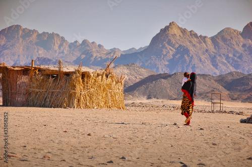 Leinwanddruck Bild Bedouins in the desert in Egypt