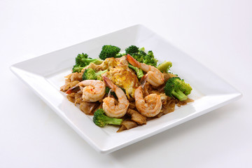 tir Fried Rice Noodle with Shrimp and Broccoli (Pad See Eiw)