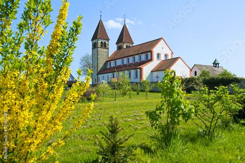canvas print picture Insel Reichenau mit Kirche St. Peter und Paul