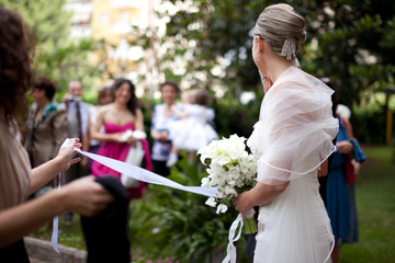 la sposa che se ne va