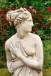 Statue der Venus im Rosengarten