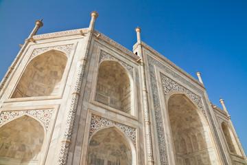 Taj Mahal located in Agra 13