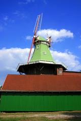 Windmühle im alten Land,  Niedersachsen