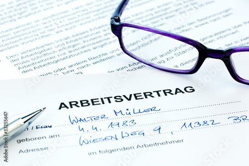 Arbeitsvertrag in deutscher Sprache