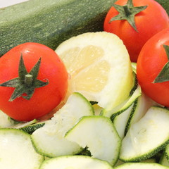 zucchine pomodori limone