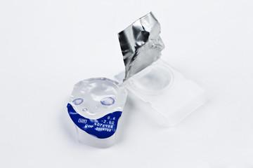 kontaktlinse haltbarkeit