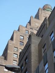 palazzo  con facciata a gradoni
