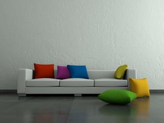 Weisses Sofa mit bunten Kissen