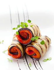 aubergine rolls  with red pepper