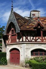 Batiment du chateau de Rochepot