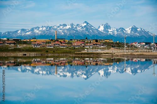 Papiers peints Antarctique Mountain Reflections, Ushuaia, Tierra del Fuego, Argentina