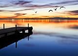 denoche en el lago