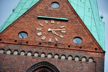 Kirchenturmuhr