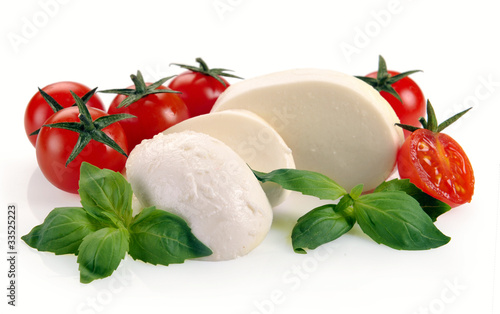 mozzarella cherry tomatoes