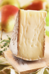 Tomme with Fruit and Thyme