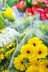 Bouquets de fleurs variées