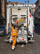 Müllmann bei der Arbeit