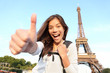 Paris turist happy