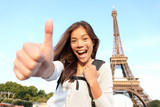 Paris turist happy - 33608661