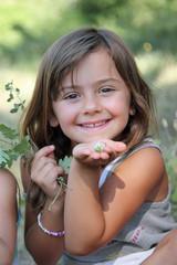 Envoyer une fleur... (été fille 5-6 ans)