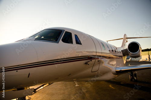 Foto op Plexiglas Vliegtuig Corporate Jet Side View