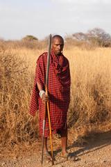 Massai-Krieger in der Savanne