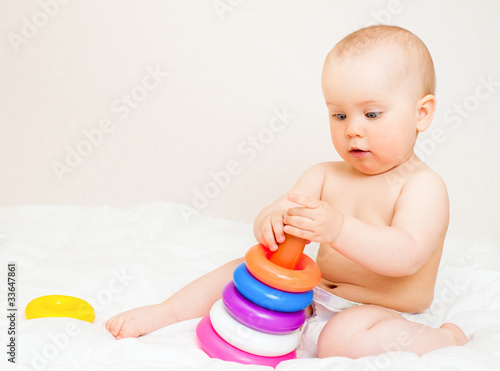 Infant with color pyramid