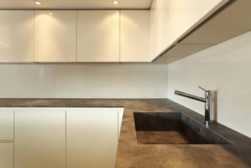 cucina moderna. lavello o lavandino?