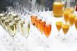 Viele Gläser Sekt, Champagner und Cocktails