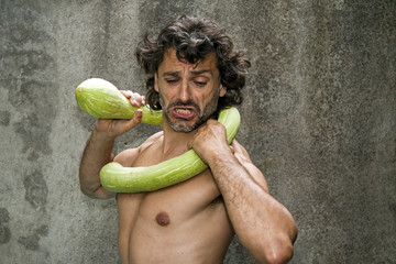 wrestling courgette