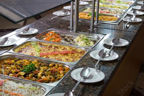 In de dag Buffet, Bar Traditional Turkish food at restaurant.