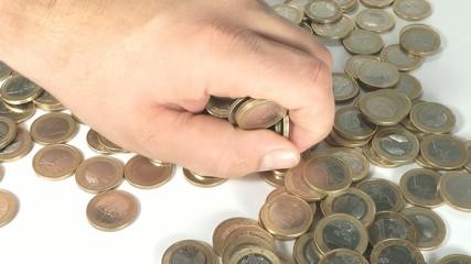 Geld nehmen und zeigen
