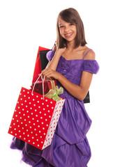 adolescente avec des paquets de noël