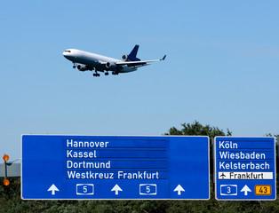 Landing © Matthias Buehner