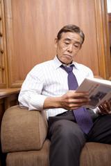 読書を楽しむ社長