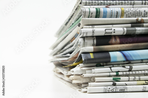Zeitungsstapel 1103