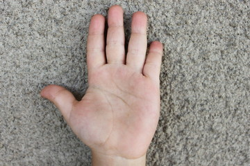 рука мальчика
