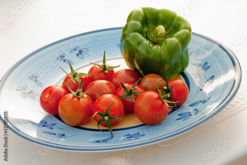 Tomatoes and peppers - Pomodorini e peperone verde