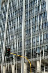 Grattacielo e semaforo