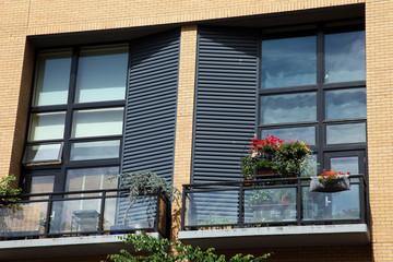Balconies & decorations.