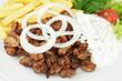 Pfannegyros mit Pommes frites und Tsatsiki