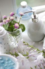 ギボウシの花とロハスイメージ