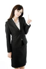 指差す女性社員