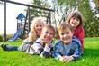 Leinwanddruck Bild - Befreundete Kinder