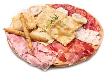 tagliere salumi,gnocco fritto e formaggi