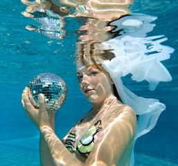 junge Wasserkönigin