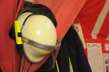 Feuerwehr-Ausrüstung - Helm