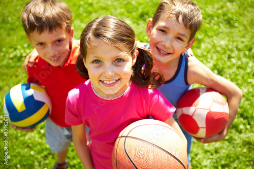 Young football players - 33962671