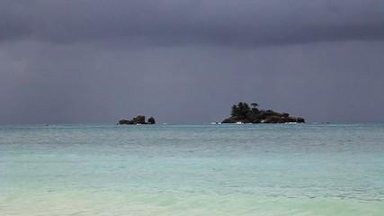 seychelles praslin spiaggia