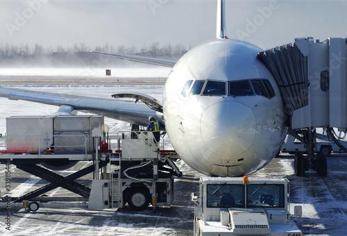 zaladunek-samolotu